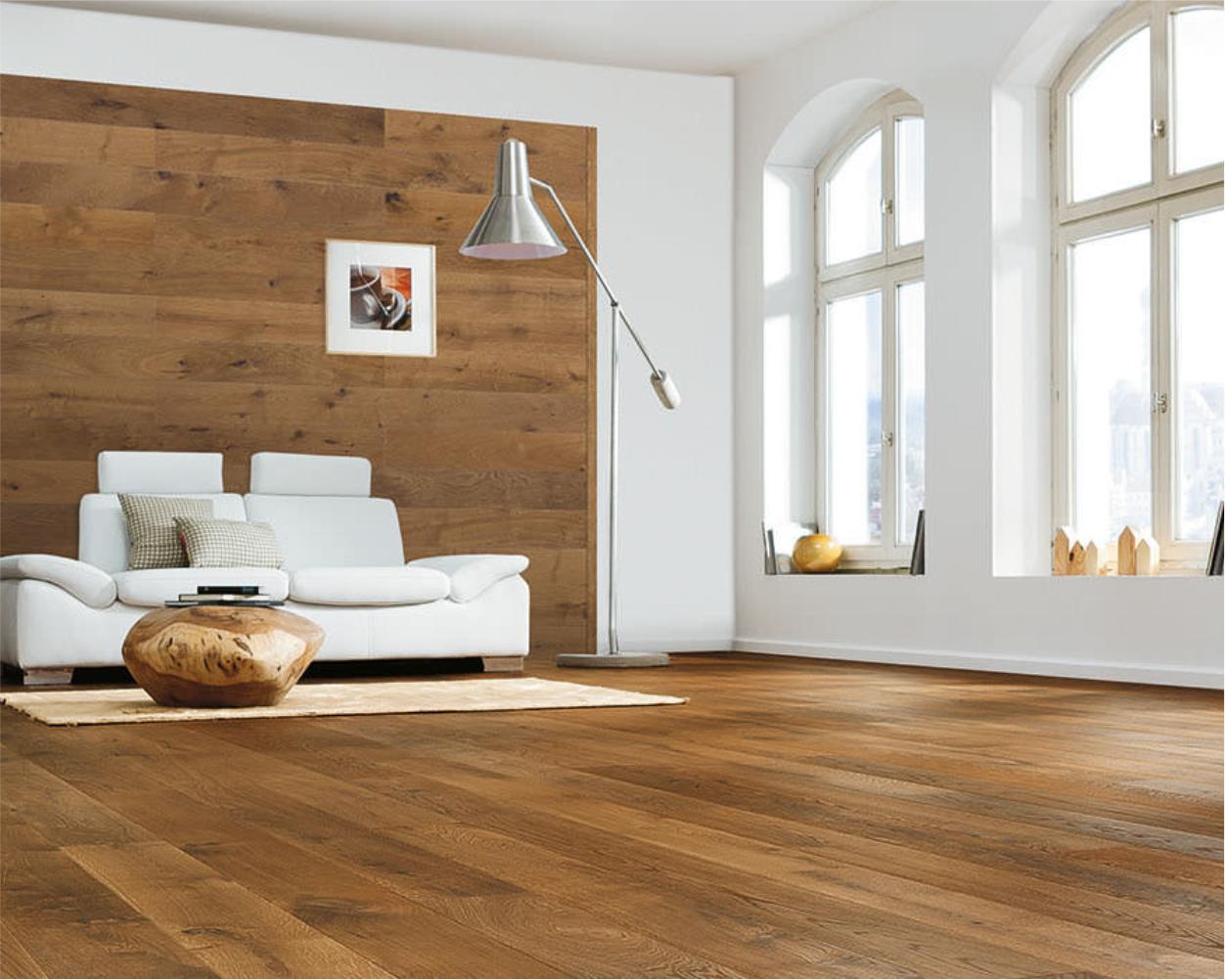 Haro placari pereti si parchet din lemn natural